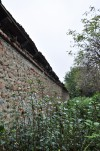 Dettaglio del muro perimetrale Est della cascina Bellacomba. Fotografia di Edoardo Vigo, 2012.