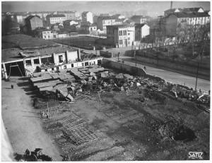 Via Nizza. Stabilimento FIAT Lingotto. Effetti prodotti dai bombardamenti dell'incursione aerea del 30 novembre 1942. UPA 2461_9C03-18. © Archivio Storico della Città di Torino