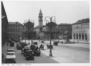 Piazza San Carlo. Fotografia di Giancarlo Dall'Armi. © Archivio Storico della Città di Torino