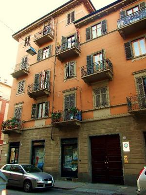 Edificio residenziale - ex case e dopolavoro del Cotonificio Valle Susa