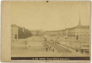 Ponte Vittorio Emanuele I e piazza Vittorio. © Archivio Storico della Città di Torino