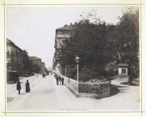 Via Cernaia, giardini Lamarmora e monumento ad Alessandro Ferrero de La Marmora. Fotografia Brogi. © Archivio Storico della Città di Torino
