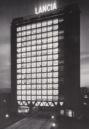 Il grattacielo Lancia in un'immagine d'epoca (tratta da: Nino Rosani, Edizioni Eda, Torino 1974)