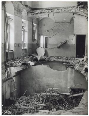 Istituto Missionari della Consolata, Corso Francesco Ferrucci 14. Effetti prodotti dai bombardamenti dell'incursione aerea dell'8-9 dicembre 1942. UPA 2794D_9C06-61. © Archivio Storico della Città di Torino