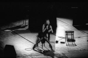 SettembreMusica 1993, Ute Lemper al Teatro Regio. Fotografia di Lorenzo Avico 05.09.1993. Archivio fotografico MITO SettembreMusica - Archivio storico della città di Torino
