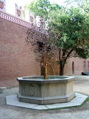 Fontana del melograno