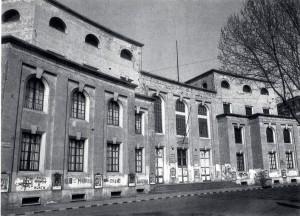 L'edificio negli anni Ottanta del Novecento. Fotografia di Guido Montanari