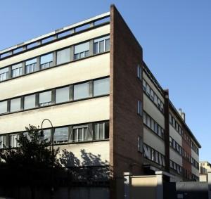 Scuola di Applicazione accesso carraio da via Confidenza all'altezza di via Brofferio. Fotografia di Caterina Franchini.