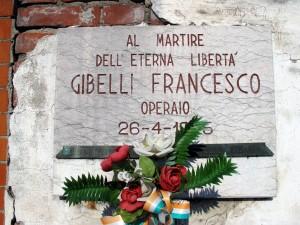 Lapide dedicata a Francesco Gibelli, in via Ala di Stura 99. Fotografia di Sergio D'Orsi, 2013