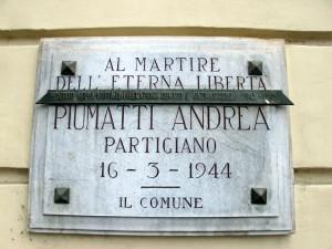 Lapide dedicata a Piumatti Andrea (1924 - 1944)