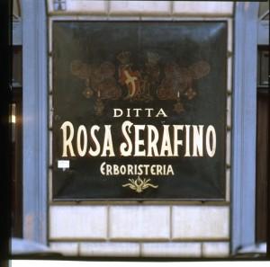 Ditta Rosa Serafino Erboristeria, insegna, 1998 © Regione Piemonte