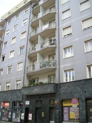 Edificio di civile abitazione in Via Valperga Caluso 16