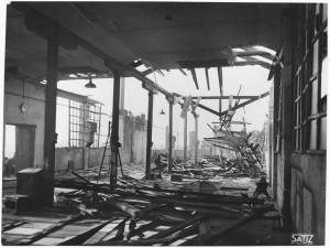 Via Rivalta 61. Stabilimento FIAT - Sezione Materiale Ferroviario. Effetti prodotti dal bombardamento dell'incursione aerea del 20-21 novembre 1942. UPA 2065_9B05-14. © Archivio Storico della Città di Torino