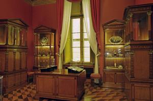 Sala del Medagliere presso l'Armeria Reale. Fotografia di Dario Lanzardo, 2010. © MuseoTorino / MIBAC