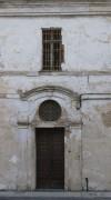 Particolare della porta d'ingresso alla cascina Lesna. Fotografia di Edoardo Vigo, 2012.