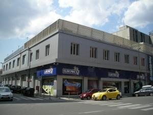 Attività commerciale già industria e magazzini in Via Nizza 30