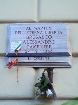 Lapide dedicata a Brusasco Alessandro (1925 - 1943)
