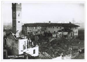 Chiesa Madonna di Campagna, Via Cardinale Massaia 98. Effetti prodotti dai bombardamenti dell'incursione aerea dell'8-9 dicembre 1942. UPA 2814D_9D01-20. © Archivio Storico della Città di Torino