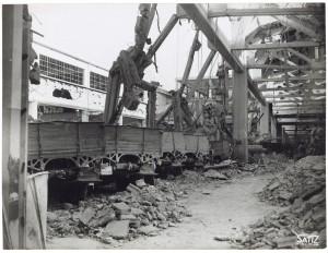 FIAT Autocentro - Stabilimento di Mirafiori. Effetti prodotti dal bombardamento dell'incursione aerea del 20-21 novembre 1942. UPA 2202_9B06-32. © Archivio Storico della Città di Torino