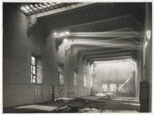 Via Cavour, Ospedale San Giovanni. Effetti prodotti dai bombardamenti dell'incursione aerea del 28 novembre 1942. UPA 2219_9C01-04. © Archivio Storico della Città di Torino