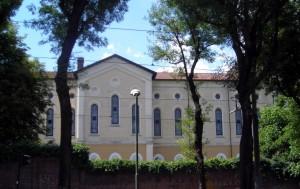 Prospettiva dell'ex Istituto Figlie dei Militari da corso Gabetti. Fotografia di Silvia Bertelli