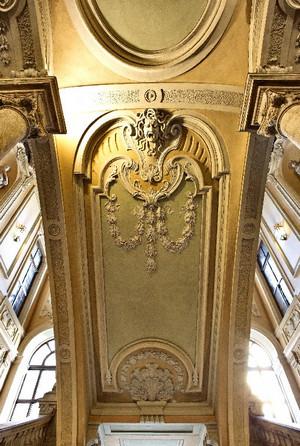 Decoro del soffitto d'ingresso di Palazzo Barolo. Fotografia di Mattia Boero, 2010. © MuseoTorino.