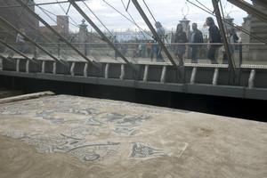 Il mosaico di San Salvatore in piazza San Giovanni. Fotografia di Marco Saroldi, 2010. © MuseoTorino