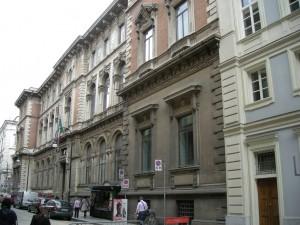 Palazzo delle Poste e Telegrafi Via Alfieri 10. Fotografia di Daniele Trivella, 2013