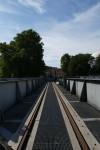 Binari conservati sul ponte della ferrovia Torino-Ciriè-Lanzo sulla Dora. Fotografia di Edoardo Vigo, 2012.