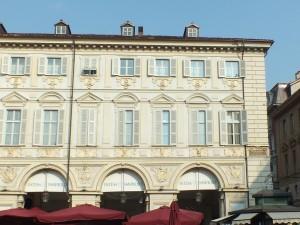 Palazzo Renaud di Faliçon, già Turinetti di Pertengo